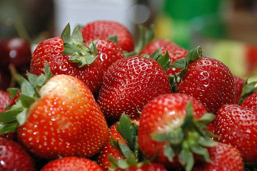 Strawberries shown to reduce cholesterol levels - Photo Wikimedia
