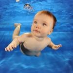 Babysvømming – nærhet, trygghet, kos og samspill