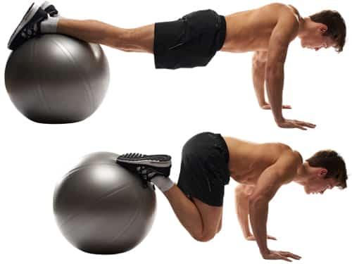 Foldekniv mageøvelse på terapiball