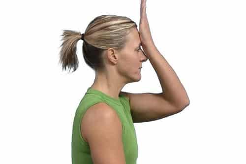 Isometrisk fleksjonøvelse for nakke