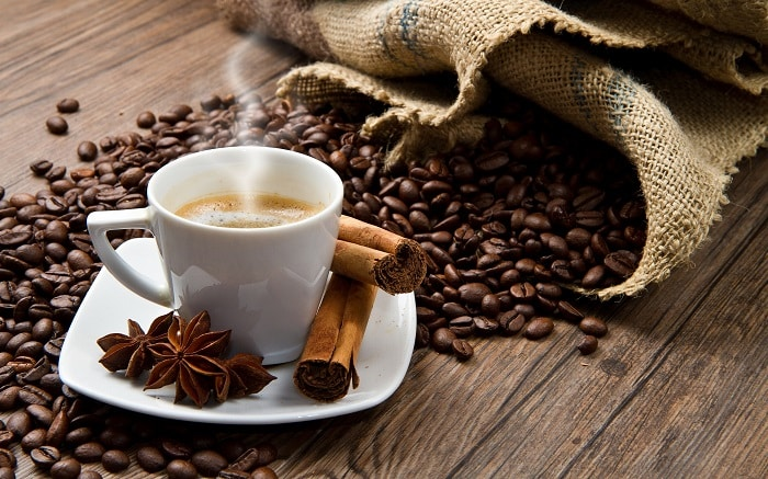 Kaffekopp og kaffebønner