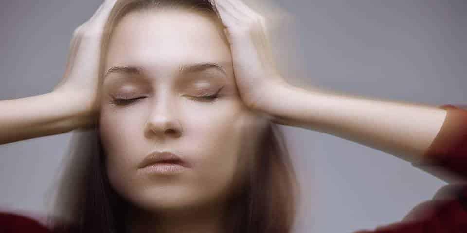 Svimmelhet stiv nakke og synsproblemer