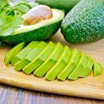 7 Vidunderlige Helsefordeler Ved å Spise Avokado